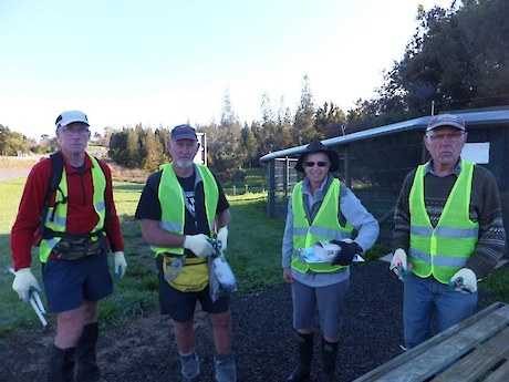 Volunteers at the National wetlands centre ready to deploy invasive fish and rabbit based baits to terrestrial DOC 250 kill traps. Photo courtesy of Nardene Berry (New Zealand Landcare Trust)